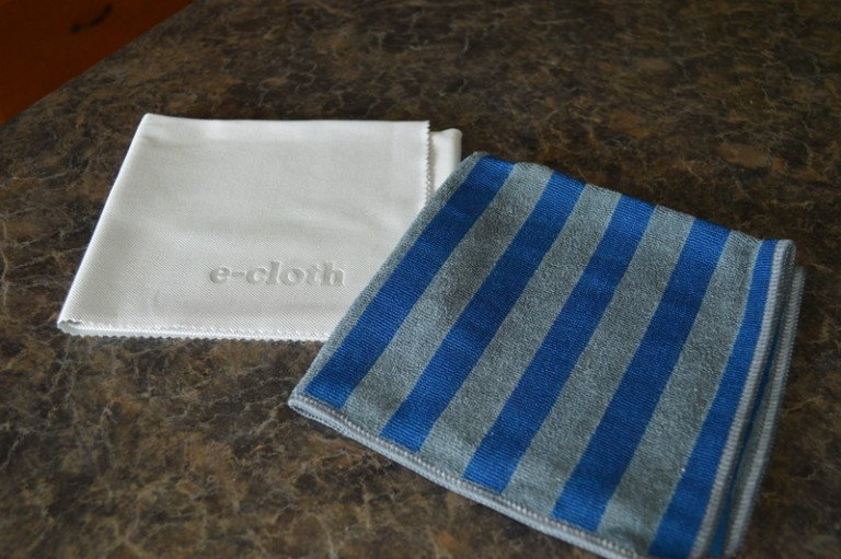 Cleaning with e-cloth stove cloth